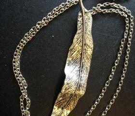 Light as a Feather Silver Metal Necklace